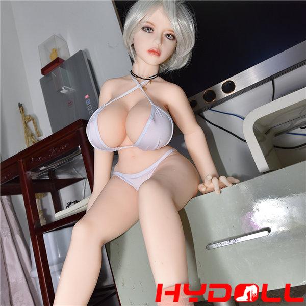 Sexy Busen Sexpuppen
