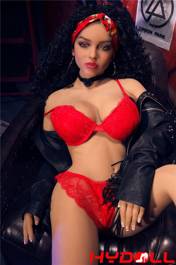 Vollbusige weibliche Sexpuppen